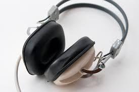 Dlaczego warto sięgnąć po audiobooka?
